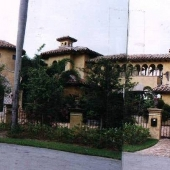 Fort Laud Sandcastle Estate